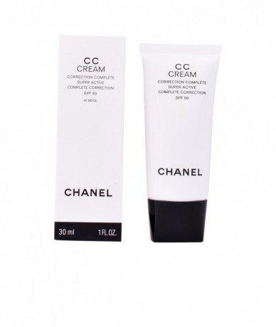 CHANEL - CC CREAM...